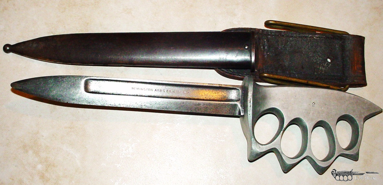 Remington Knuckle Knife